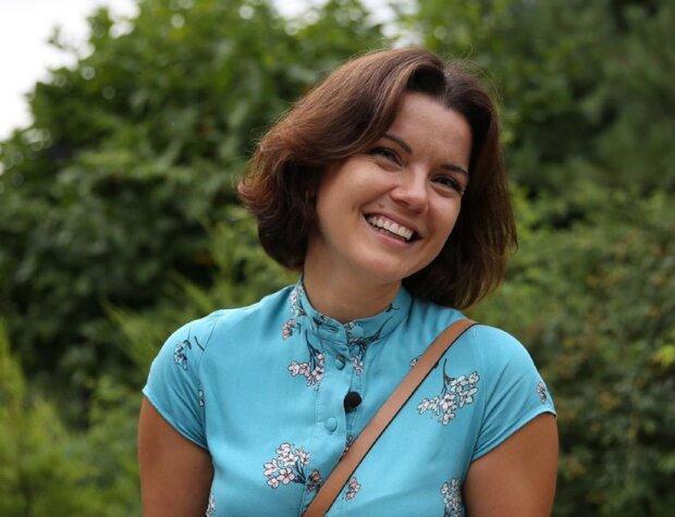 Маричку Падалко встретили с цветами в аэропорту, и это не муж
