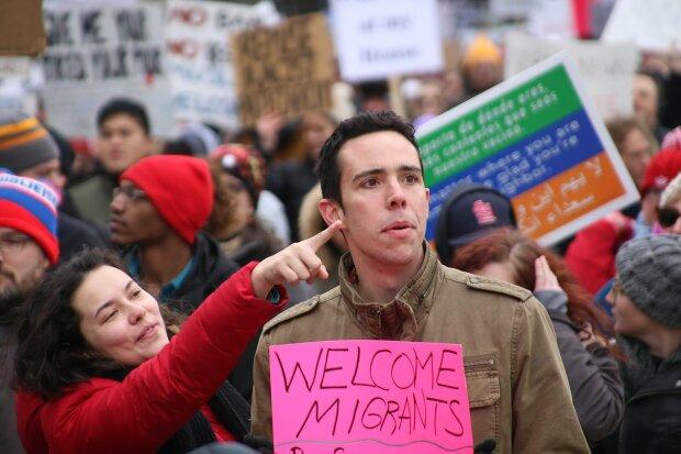 Мигранты фото: Кто в курсе