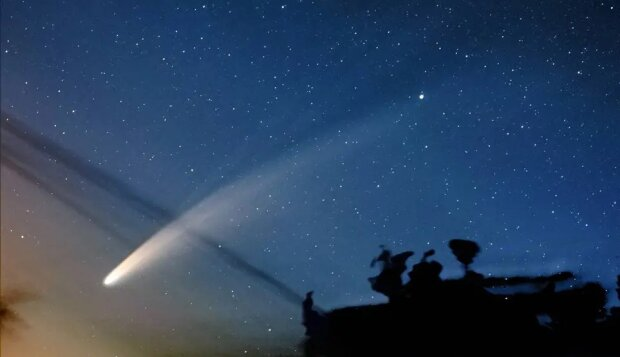 Следующий шанс будет через тысячи лет: украинцы увидели комету Neowise, захватывающие кадры