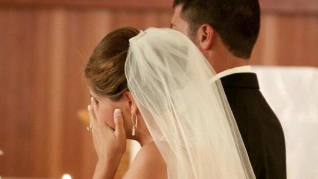 Друг нареченого не пройшов фейс-контроль у примхливої обраниці: так швидко весілля не обривав жоден тамада