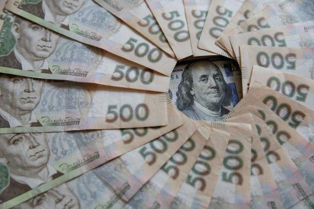 Фінансисти спрогнозували курс долара по закінченню виборів: стрімкий зліт