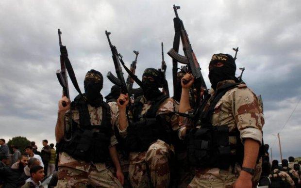 Разнесли россиян в пух и прах, десятки трупов: ИГ похвасталась кровавым урожаем в Сирии