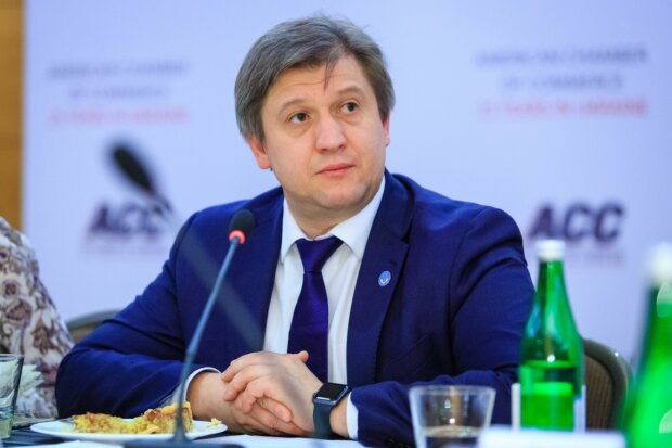 """Данилюк вмешался в скандал вокруг 100 дней Зеленского: """"Человек, который сам принимает решения"""""""