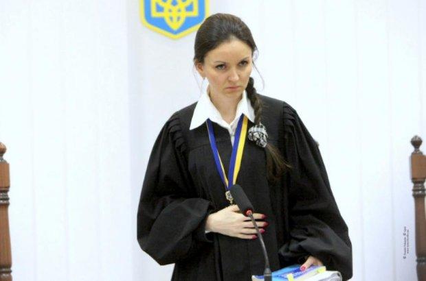 Скандальна суддя Царевич відмовилася від четвертого судді