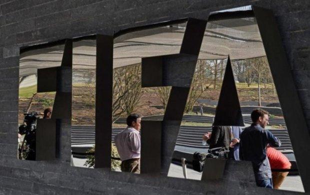 Швейцария заморозила 13 банковских счетов по делу ФИФА