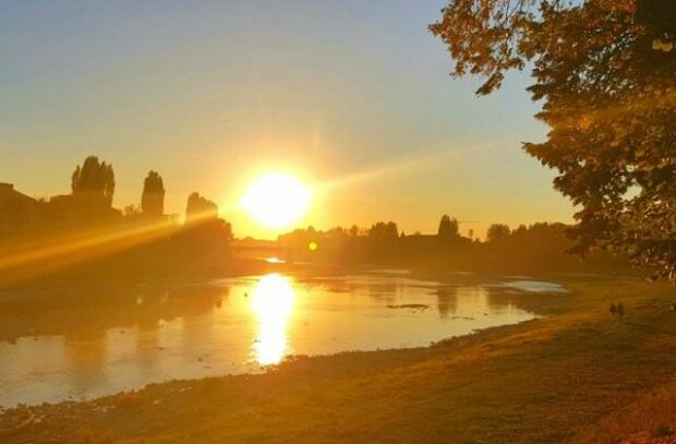 Осінь оминає Франківськ десятою дорогою: синоптики здивували спекотним прогнозом на 13 вересня