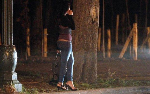 """Вот это расценочки: журналист случайно нашел """"базу данных"""" украинских проституток"""