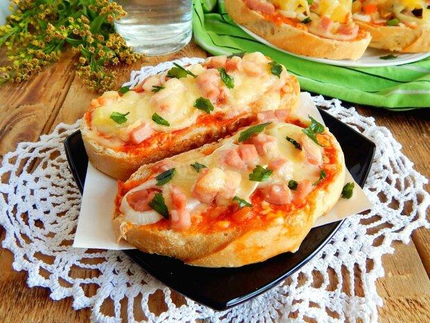 Пицца на хлебе, фото из открытых источников