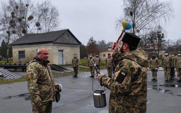 """На Хмельнитчине украинские герои отправились на фронт: """"В бой с новыми силами"""""""