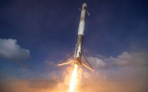 Відео Маска про невдале приземлення Falcon 9 стало вірусним