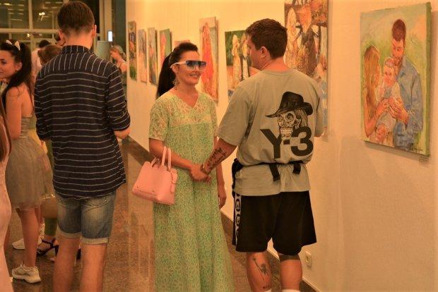 Украинские звезды на закрытой вечеринке пришли в восторг от Чичериной (фото)