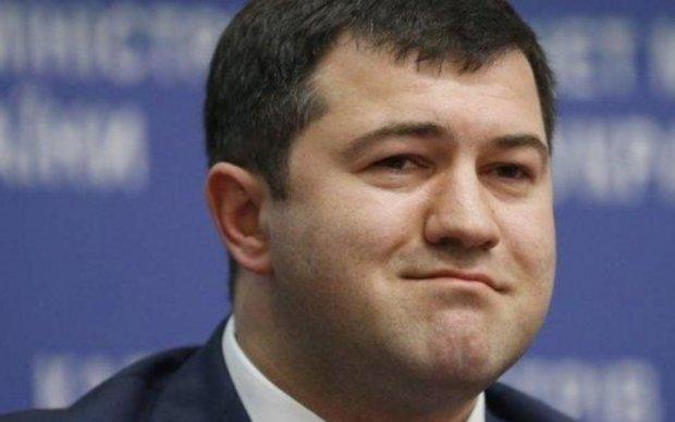 Насиров поделился интимными подробностями об электронном браслете