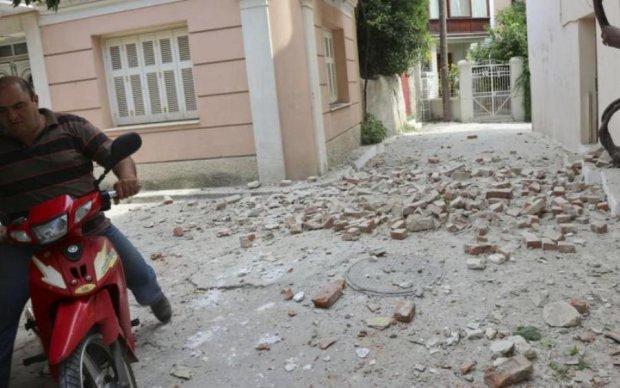 Землетрясение в Эгейском море: появились кадры жутких разрушений
