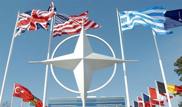 НАТО построит в Украине завод по производству патронов