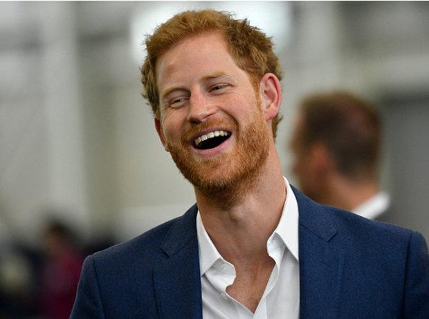 Принц Гаррі втік від Меган Маркл заради Кейт Міддлтон