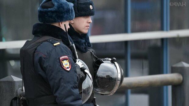 Поліція Росії, фото - wh24