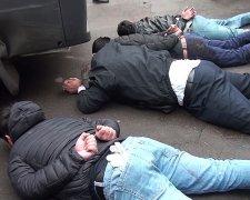 "ФСБ задержала боевиков ""ИД"""