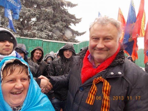 """Чорновіл розказав про трьох жінок,   згвалтованих """"регіоналом"""" Калашниковим"""