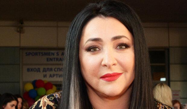 """Лоліта зізналася, чому залишила свою рідну дочку в Києві: """"Всього за півроку"""""""