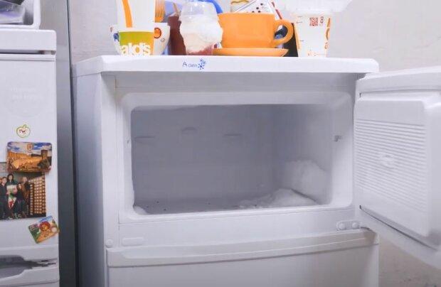 Морозильна камера, скріншот: YouTube