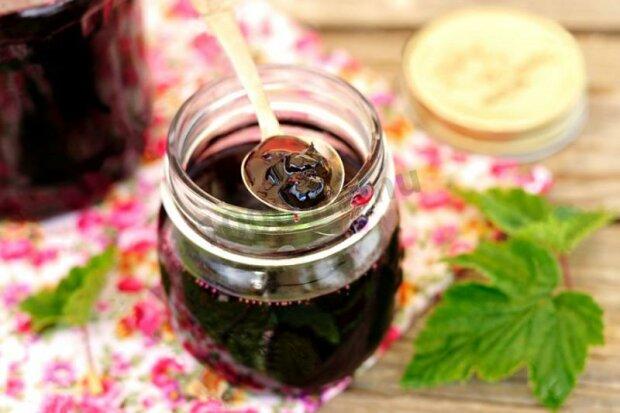 Варенье из черной смородины, фото из открытых источников