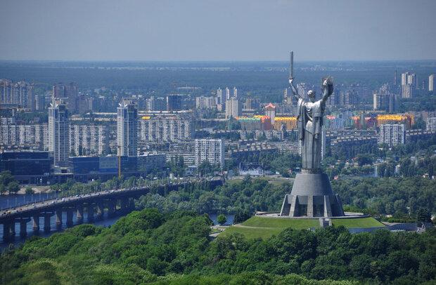 Відірватися від землі: озвучені ціни на квартири в хмарочосах Києва, - краще присядьте