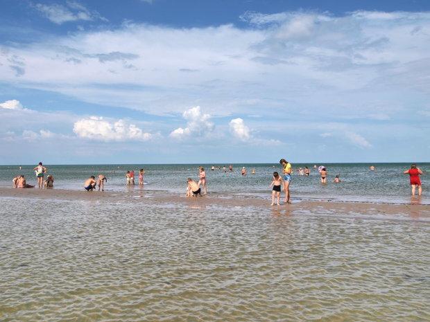 """Чудовисько на популярному українському курорті може зірвати пляжний сезон: """"Вночі живиться жінками"""""""