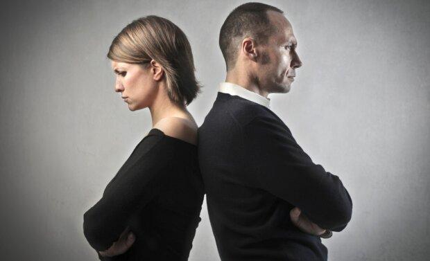 Вони брешуть: який розмір грудей подобається чоловікам більш за все