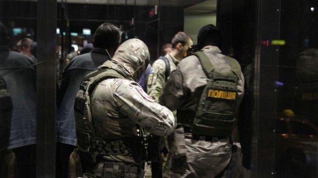 Головне за ніч: ракета Путіна, податковий терор і трагедія в Криму