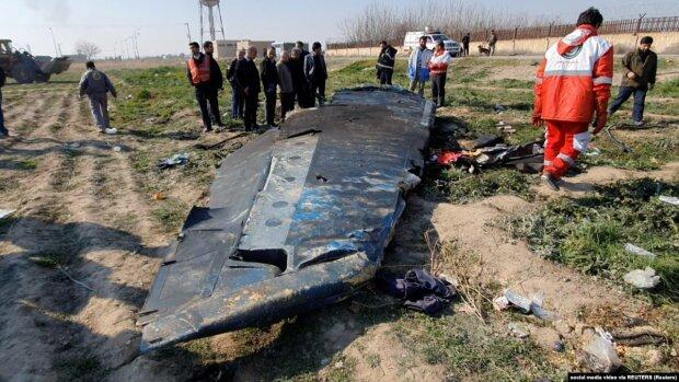 Авіакатастрофа в Ірані, фото: Reuters