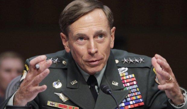 Екс-голова ЦРУ закликав Захід надати Україні протитанкові системи