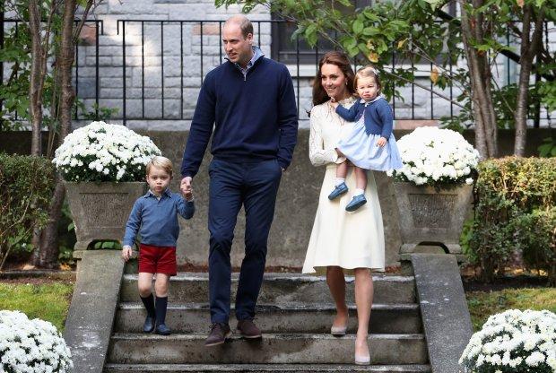 Будущий король Великобритании превратился в няню: таким принца Уильяма даже бабушка не видела