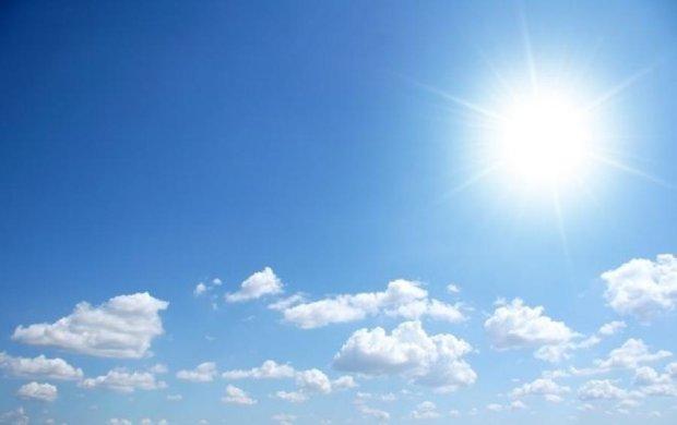 Суха й спекотна погода збережеться в Україні