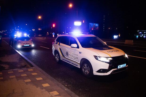 """Київський мажор на Mercedes влаштував кривавий боулінг, """"катав"""" нещасну на капоті сотні метрів: кадри кошмару 18+"""