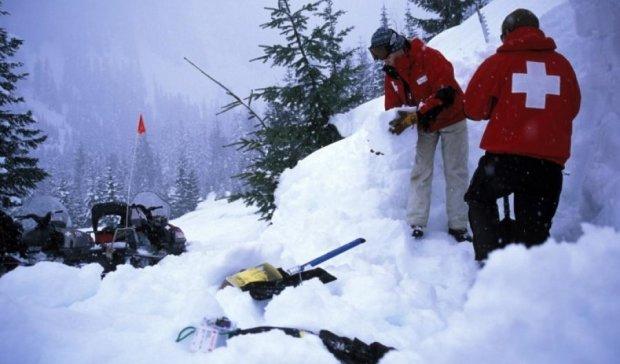 Мощная лавина в Альпах унесла жизни туристов