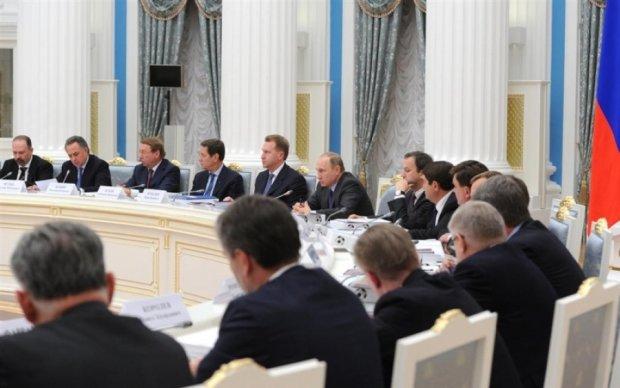 Украинцам посоветовали не уповать на уход Путина