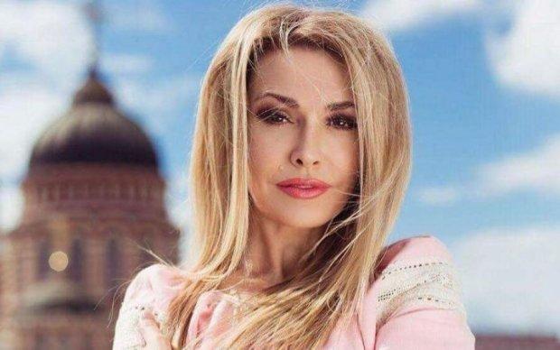 Ольга Сумська порадувала фанатів, згадавши молодість: фото