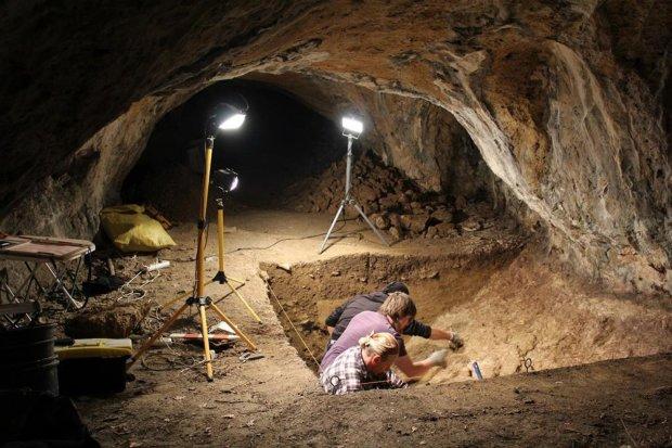 Археологи натрапили на незвичайну труну: міфічні істоти охороняли спокій померлого