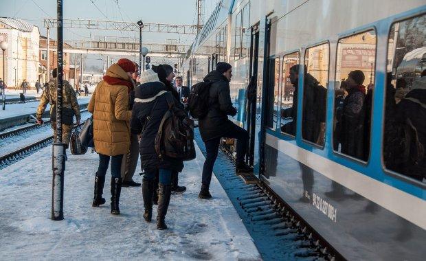 Экспресс в Борисполь задержался: кому компенсируют за опоздание на рейс