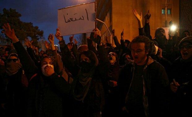 Протести в Ірані, фото: РБК