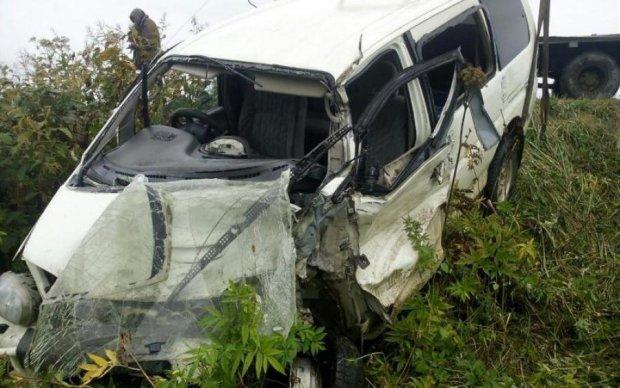 Мікроавтобус з українськими заробітчанами замість Москви потрапив в ДТП