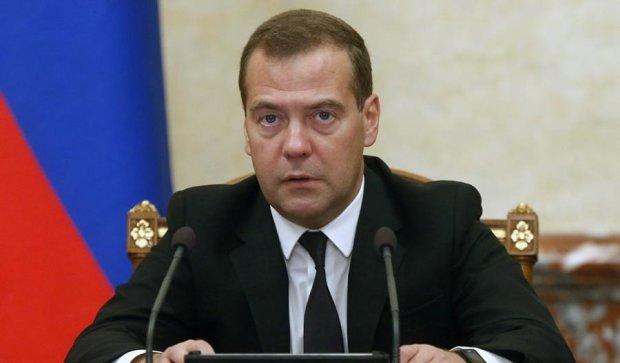 Про розрив дипвідносин з Україною заговорив Мєдвєдєв