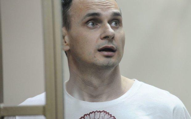 Припинив, але не зовсім: росіяни заплуталися в своїй брехні про голодування Сенцова