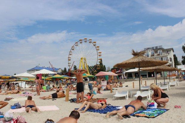 Одессу захлестнула невероятная вонь: горожане бегут из пляжей