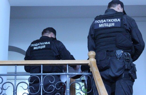 Величезні штрафи залишать українців без житла: цей податок сплачують лише 20%