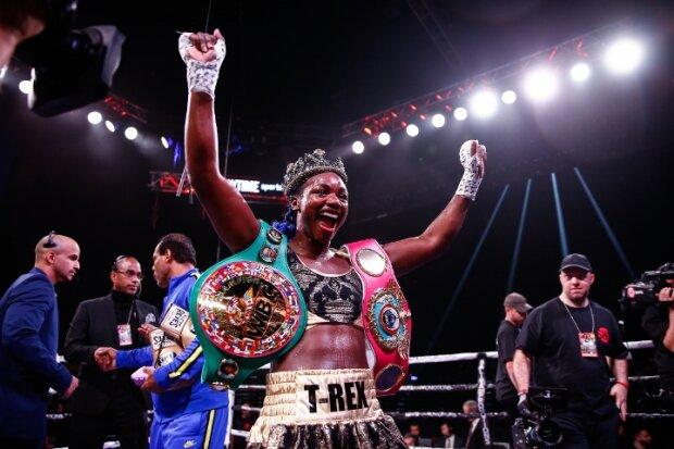 Кларесса Шилдс, boxingscene.com