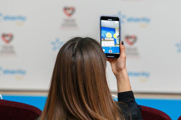 Kyivstar перерахує усі тарифи вже з 1 жовтня: скільки платитимуть абоненти за мобільний зв'язок
