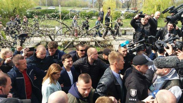 Українці штурмують дільниці: скільки виборців уже проголосували
