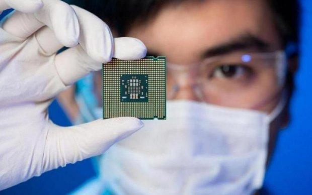 Apple даже не снилось: Intel показал уникальный процессор