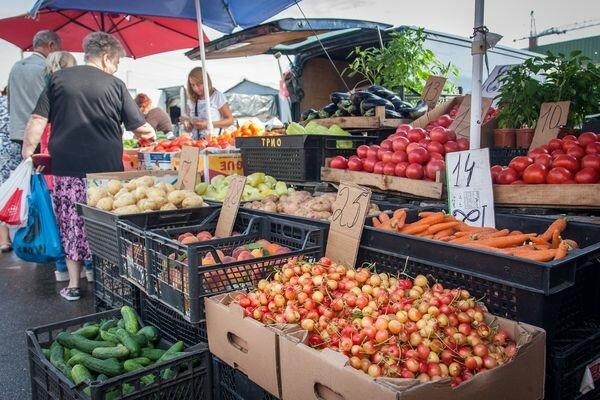 Забудьте про сало: нові ціни на продукти перетворять харків'ян на веганів